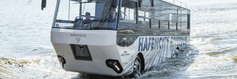 Ad Amburgo circola il primo autobus anfibio di Germania allestito su un telaio per camion MAN.