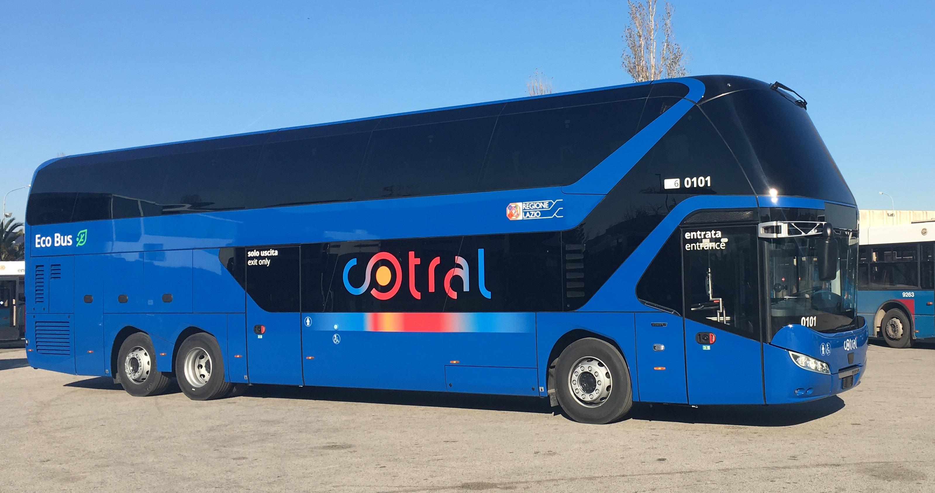 Man truck bus italia consegna a cotral spa il primo dei for Piani di cabina 32x32