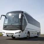 In visual terms the new NEOPLAN Tourliner is clearly a member of the NEOPLAN family.DE:Der neue NEOPLAN Tourliner reiht sich optisch klar  in die NEOPLAN-Familie ein.UK:In visual terms the new NEOPLAN Tourliner is clearly a member of the NEOPLAN family.