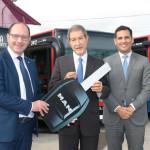 Da sinistra: Giovanni Galifi Area Manager Bus Pubblico, Nello Musumeci Presidente della regione Sicilia e Giacomo Bellavia Presidente AMT Catania.